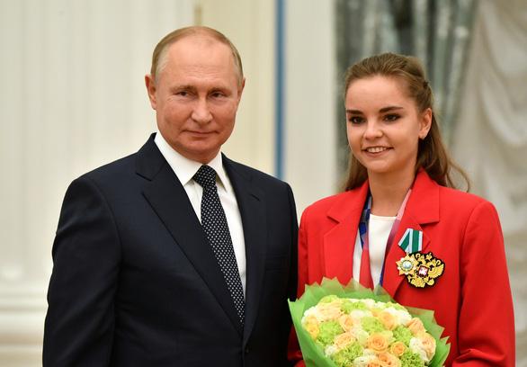 Tổng thống Nga Vladimir Putin tự cách ly - Ảnh 1.