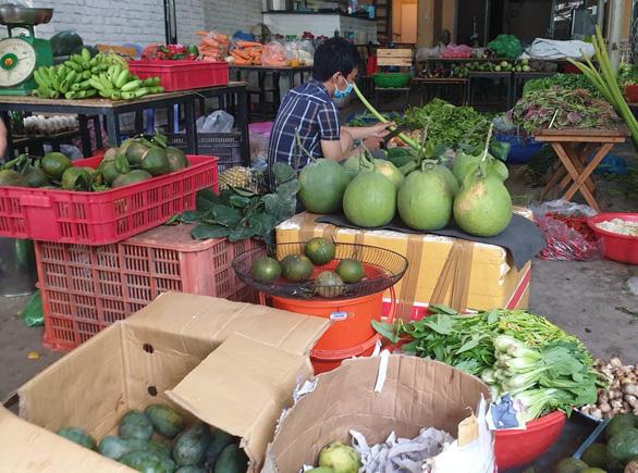Cước giao hàng nhiều khi cao hơn giá hàng, khách đổ sang mua bán chui - Ảnh 6.