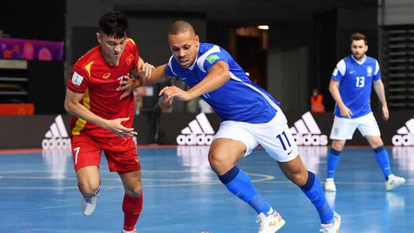 Việt Nam thua Brazil 1-9 ở trận ra quân Futsal World Cup 2021 - Ảnh 3.