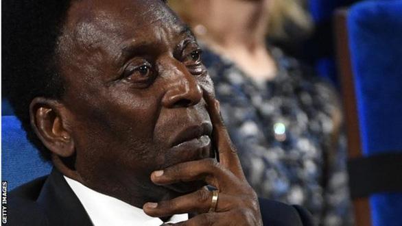 Vua bóng đá Pele hồi phục nhanh chóng sau phẫu thuật - Ảnh 1.