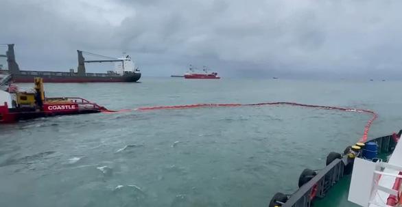 Tàu chở 10.000 tấn clinker bị tàu hàng Liberia đâm chìm ở Vũng Tàu - Ảnh 3.