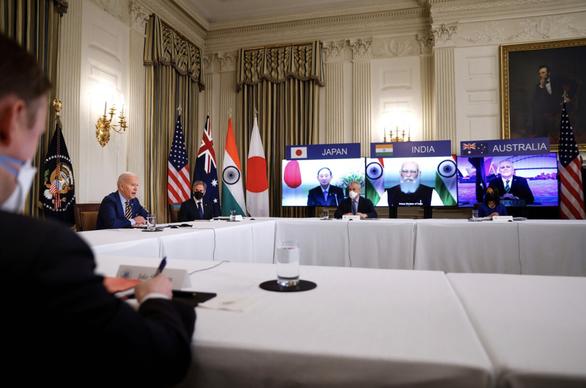 Bộ tứ kim cương sắp họp, Trung Quốc kêu gọi Mỹ và đồng minh từ bỏ tâm lý ăn thua - Ảnh 1.