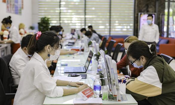 Nhiều trường ĐH công bố điểm chuẩn: ĐH Luật, Bách khoa TP.HCM, ĐH Quốc gia Hà Nội... - Ảnh 26.