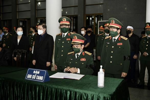Tổ chức trọng thể lễ tang Đại tướng Phùng Quang Thanh, nguyên Bộ trưởng Bộ Quốc phòng - Ảnh 3.