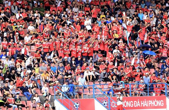 Sân Lạch Tray khó có thể tổ chức vòng loại World Cup 2022 - Ảnh 2.