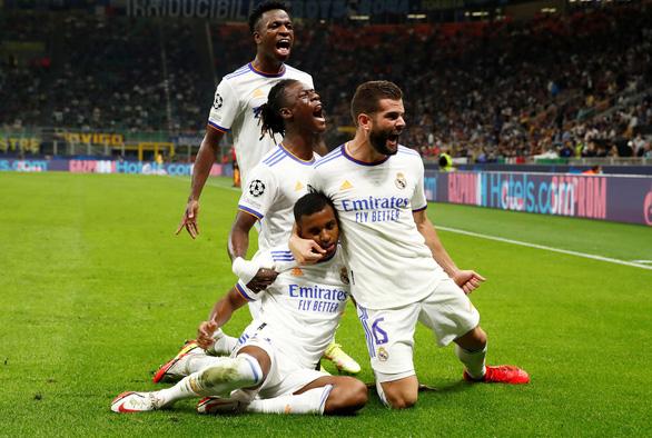 Hai cầu thủ sinh sau năm 2000 giúp Real Madrid hạ gục Inter ở phút cuối - Ảnh 1.
