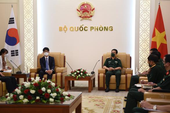 Tăng cường hợp tác công nghiệp quốc phòng Việt Nam - Hàn Quốc - Ảnh 1.