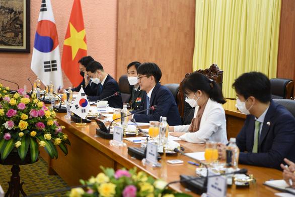 Tăng cường hợp tác công nghiệp quốc phòng Việt Nam - Hàn Quốc - Ảnh 3.