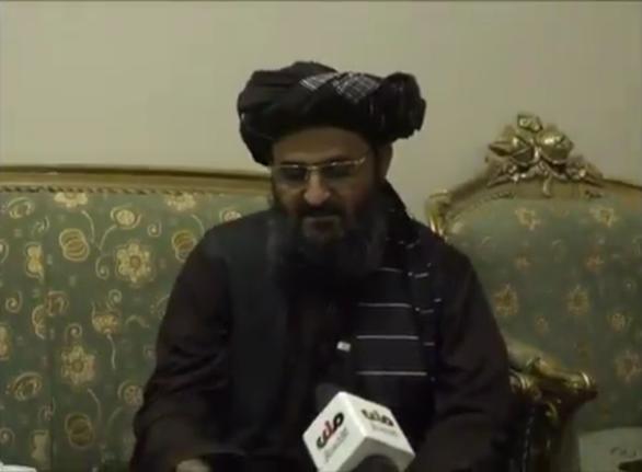 Phó thủ tướng lâm thời của chính quyền Taliban tái xuất sau tin đồn ẩu đả để giành quyền lực - Ảnh 1.