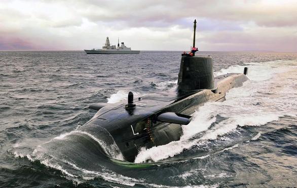 Mỹ, Anh, Úc bắt tay đóng tàu ngầm hạt nhân, Trung Quốc phản ứng - Ảnh 1.