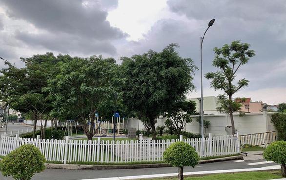 Công viên nội khu vùng xanh vẫn chưa thể hoạt động dù TP.HCM cho phép - Ảnh 2.