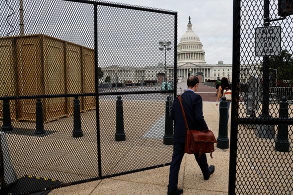 Thủ đô Mỹ siết an ninh vì người ủng hộ ông Trump sắp đổ về - Ảnh 1.