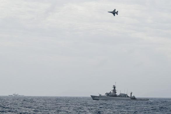 Indonesia điều thêm tàu chiến, máy bay ra biển vì tàu Trung Quốc đến gần - Ảnh 1.