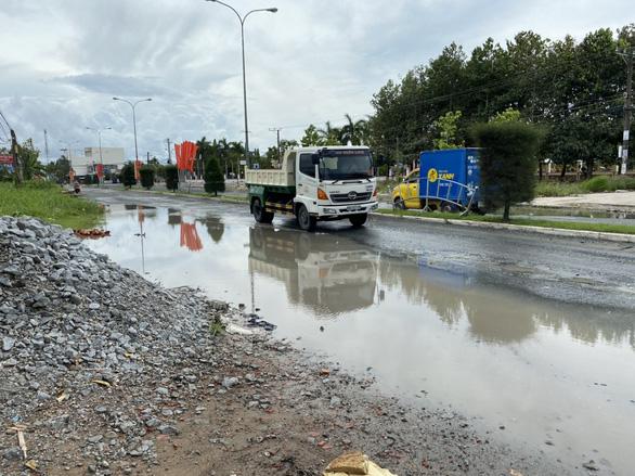 Hoàn thành xóa ngập nước trên quốc lộ 63 ở Cà Mau - Ảnh 2.