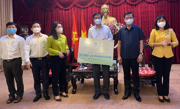 Lô thuốc 200.000 lọ Remdesivir điều trị COVID-19 về Việt Nam được phân bổ thế nào? - Ảnh 7.