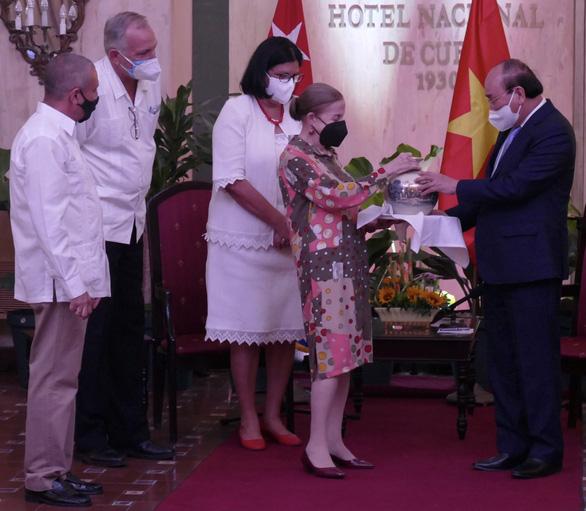 Việt Nam coi việc giúp Cuba như việc nhà của mình - Ảnh 3.