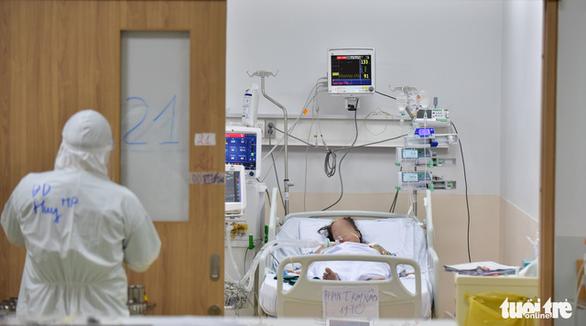 HỎI - ĐÁP về dịch COVID-19: Chi phí điều trị cho 1 bệnh nhân COVID-19 bao nhiêu? - Ảnh 1.