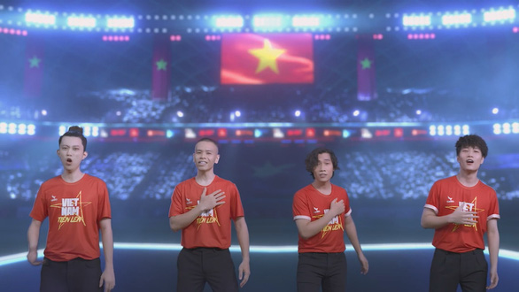Huy Tuấn sáng tác Việt Nam tiến lên cổ vũ bóng đá và tinh thần Việt Nam mùa dịch - Ảnh 4.