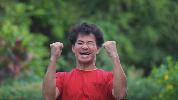 Huy Tuấn sáng tác Việt Nam tiến lên cổ vũ bóng đá và tinh thần Việt Nam mùa dịch - Ảnh 3.