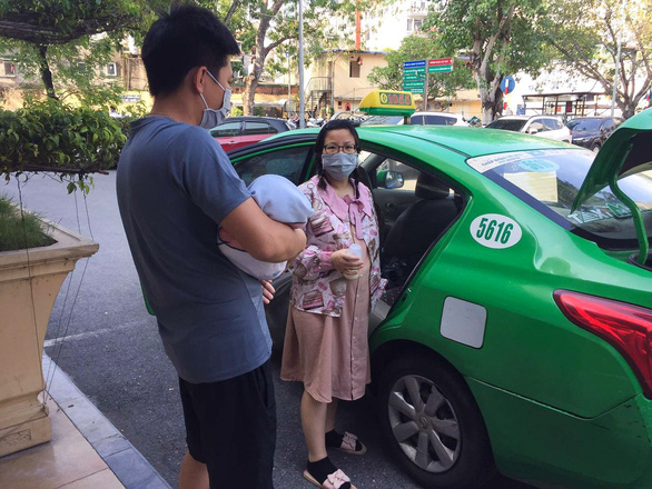 1.000 chuyến xe taxi an toàn cho mẹ bầu - Ảnh 1.