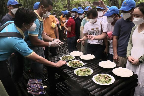 TP.HCM: Doanh nghiệp chỉ được tổ chức du lịch đến vùng xanh - Ảnh 1.