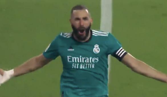Ghi 2 bàn trong 3 phút cuối, Real Madrid lội ngược dòng ngoạn mục trước Valencia - Ảnh 3.
