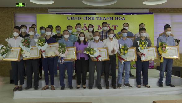 Thanh Hóa khen thưởng cán bộ y tế tham gia chống dịch tại TP.HCM - Ảnh 2.