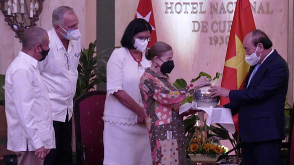 Vì Việt Nam, Cuba sẵn sàng chia sẻ vắc xin của mình - Ảnh 3.
