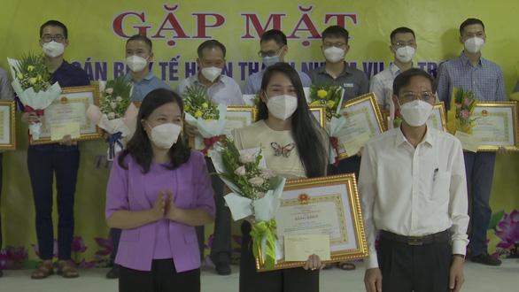 Thanh Hóa khen thưởng cán bộ y tế tham gia chống dịch tại TP.HCM - Ảnh 1.