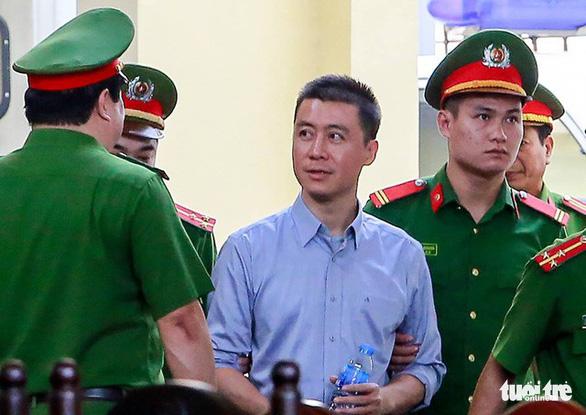Phan Sào Nam xin trích lương, bán đất nộp 13,2 tỉ đồng khắc phục hậu quả - Ảnh 1.