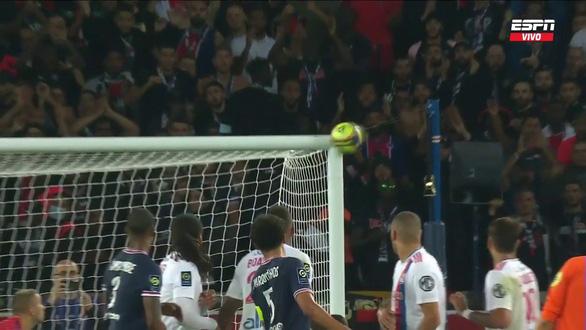 Messi kém duyên ghi bàn, bị thay thế phút 76, PSG thắng ngược Lyon phút 90+3 - Ảnh 2.