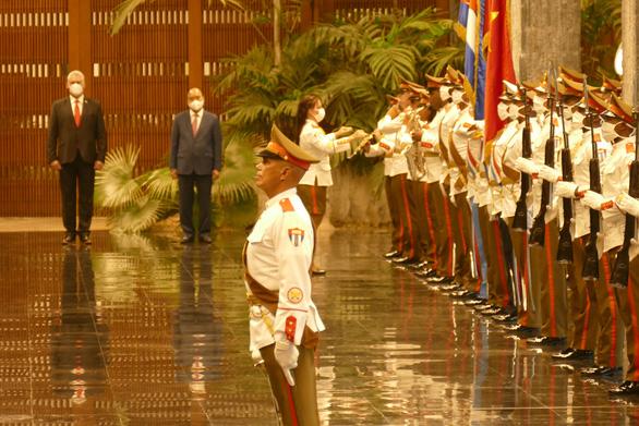 Chủ tịch nước Nguyễn Xuân Phúc: Việt Nam - Cuba đoàn kết, nhất định thắng - Ảnh 3.