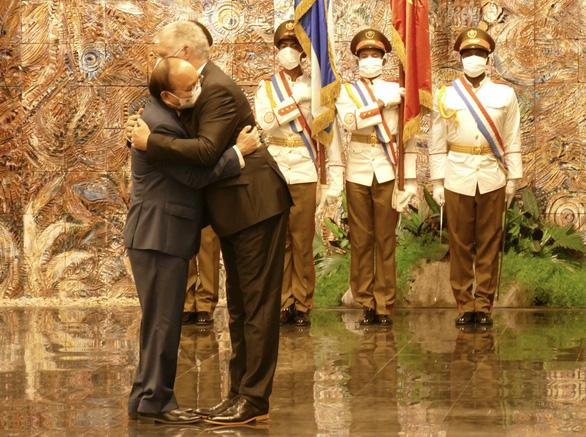 Chủ tịch nước Nguyễn Xuân Phúc: Việt Nam - Cuba đoàn kết, nhất định thắng - Ảnh 2.