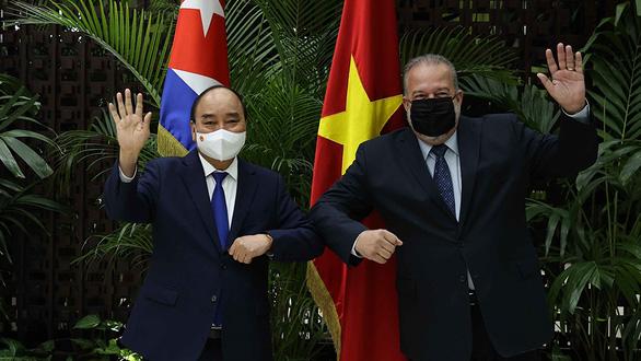 Vì Việt Nam, Cuba sẵn sàng chia sẻ vắc xin của mình - Ảnh 1.