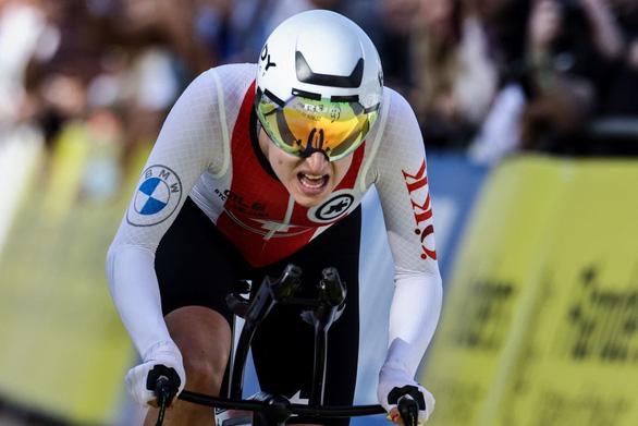 Nữ bác sĩ ngoại khoa giành HCB đua xe đạp thế giới - Ảnh 1.