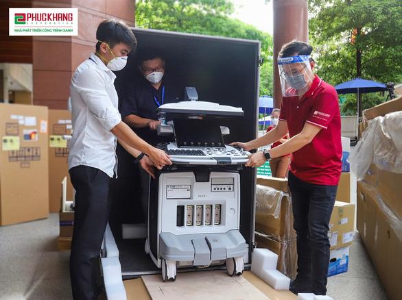 Giám đốc Bệnh viện ĐH Y Dược TP.HCM: 'Cơ hội hồi sinh cho người bệnh từ những chiếc máy siêu âm' - Ảnh 1.