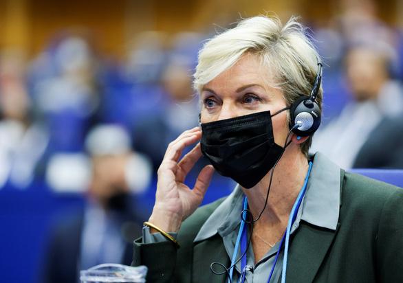 40 thành viên Nghị viện châu Âu cáo buộc Gazprom thao túng giá khí đốt - Ảnh 1.