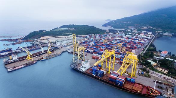 Đưa huyện đảo Trường Sa, Hoàng Sa vào quy hoạch cảng biển Việt Nam - Ảnh 1.