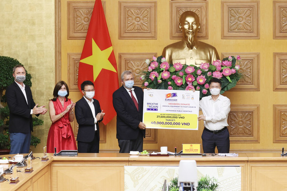 Ngân hàng ADB: Có đơn hàng chuyển đi, nhưng doanh nghiệp FDI chưa rời Việt Nam - Ảnh 1.