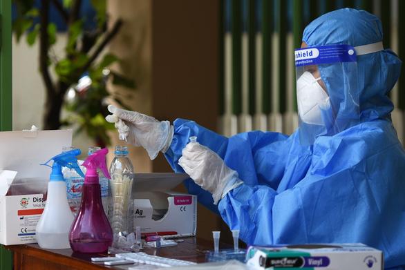 Đồng Nai: Nhiều ca nhiễm ở cộng đồng là người từ bệnh viện về - Ảnh 1.