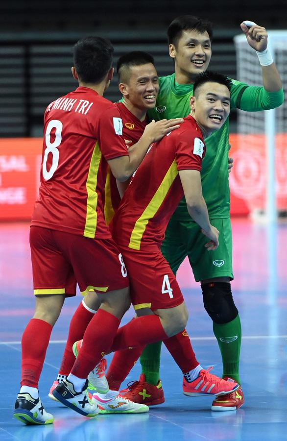 Futsal Việt Nam khiến thế giới ngỡ ngàng - Ảnh 3.