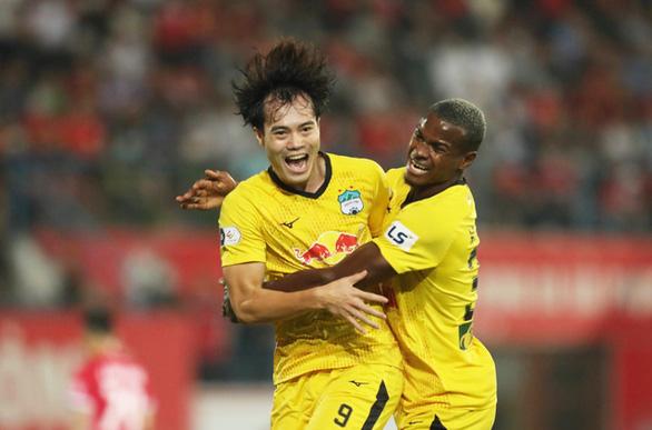 Hoàng Anh Gia Lai không được công nhận vô địch V-League 2021 - Ảnh 1.