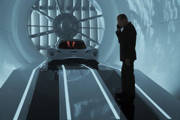 Sau 6 năm chờ đợi, 3 lần hoãn chiếu, cuối cùng khán giả cũng được gặp James Bond - Ảnh 4.