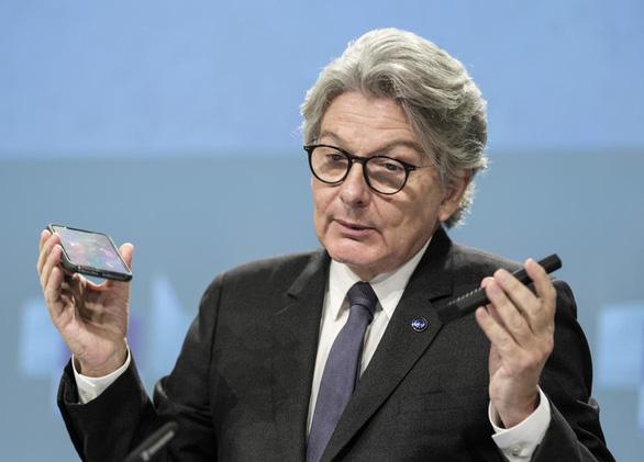 EU đề xuất một chuẩn sạc chung cho mọi thiết bị cầm tay - Ảnh 1.