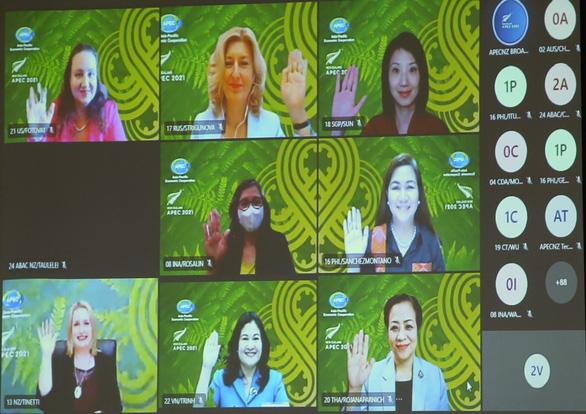Thứ trưởng Nguyễn Thị Hà: Đảm bảo phụ nữ được tiếp cận vắc xin COVID-19 - Ảnh 2.