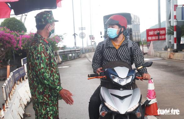 Nghệ An, Hà Tĩnh sẽ tiếp tục đón công dân từ miền Nam về quê - Ảnh 2.