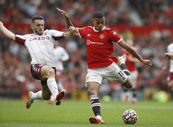 Bruno đá phạt đền lên trời, Man Utd thua trận thứ 2 liên tiếp trên sân nhà - Ảnh 2.