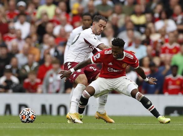 Bruno đá phạt đền lên trời, Man Utd thua trận thứ 2 liên tiếp trên sân nhà - Ảnh 1.