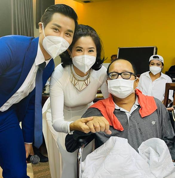 Nghệ sĩ saxophone Trần Mạnh Tuấn rơi nước mắt vì nhớ sân khấu - Ảnh 1.