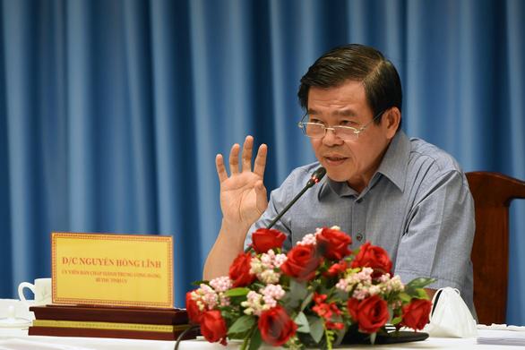 Bí thư Đồng Nai Nguyễn Hồng Lĩnh: Chậm trễ, ngăn chặn hỗ trợ người lao động là có tội - Ảnh 1.